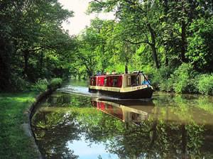 narrow boat holiday